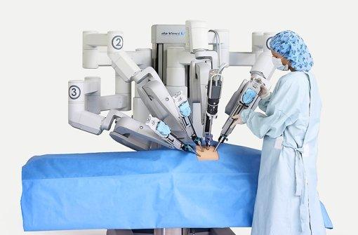 medizin der zukunft operierende roboter und digitale tabletten wirtschaft stuttgarter. Black Bedroom Furniture Sets. Home Design Ideas