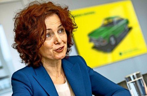 Junge Frau mit Benzin im Blut sucht DICH in Stuttgart Untertürkheim ...