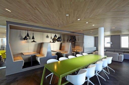 modernes arbeiten firmen steigern mit wohlf hl b ros die effizienz wirtschaft stuttgarter. Black Bedroom Furniture Sets. Home Design Ideas