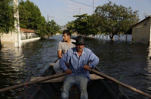 paraguay hochwasser treibt 72 000 menschen in die flucht panorama stuttgarter nachrichten. Black Bedroom Furniture Sets. Home Design Ideas