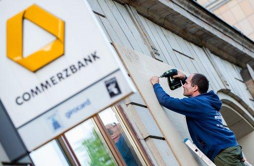Commerzbank Umbau Mit Drastischen Einschnitten