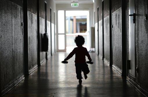 Flüchtlingskinder: Lehrerverband will früheren Schulbesuch - Stuttgarter Nachrichten
