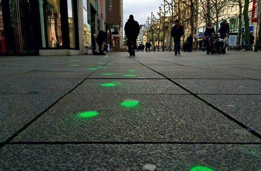 Königstraße in Stuttgart Wer hat die grüne Farbe versprüht [R