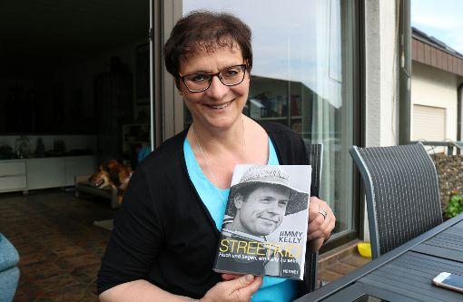 Fellbacherin Arbeitet Mit Jimmy Kelly Ein Bestseller Direkt Von Der