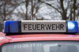 Bei Spedition in Esslingen: Palette geht   in Flammen auf