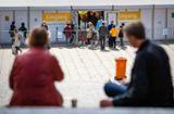 Inzidenz in Stuttgart bleibt unter 35: Testpflicht-Ende für Außengastro in Sicht...