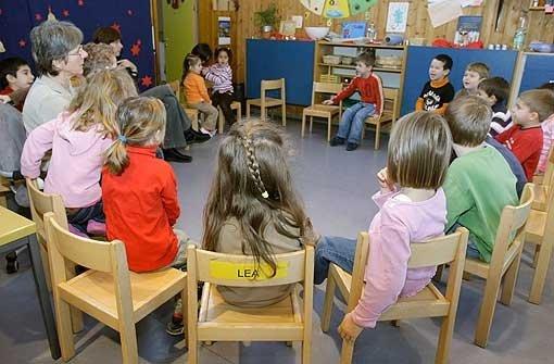 Nach Misshandlungsvorwürfen gegen eine Kindertagesstätte in Trossingen hat deren Betreiberfirma die Anschuldigungen zurückgewiesen. Foto: AP/Symbolbild