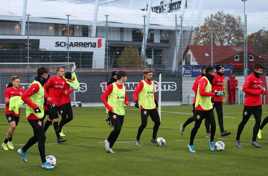 """Training beim VfB Stuttgart - Derby-Vorbereitung mit """"Schere, Stein, Papier"""" - Stuttgarter Nachrichten"""