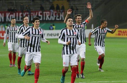 Frankfurt zieht ins Pokal-Achtelfinale