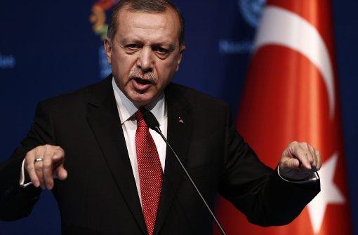 Erdogan droht mit Scheitern des Flüchtlingspakts
