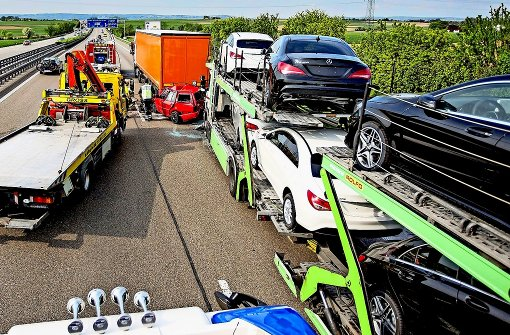 Chaos nach Lkw-Unfall auf der Autobahn