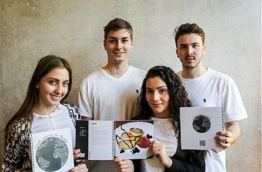 Medientechnologieschüler gestalten ihr eigenes Kochbuch