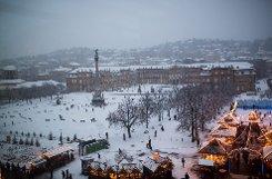 So schön es aussieht: Der Schnee hat den Autofahrern in Stuttgart und dem Umland zu schaffen gemacht. Ohne Winterreifen kam man nicht weit. Klicken Sie sich durch unsere Winterimpressionen aus Stuttgart! Foto: www.7aktuell.de/Florian Gerlach