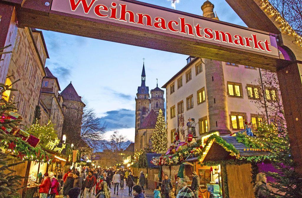 Stuttgart Weihnachtsmarkt.Weihnachtsmarkt In Stuttgart 25 Tage Fur Gluhwein Und