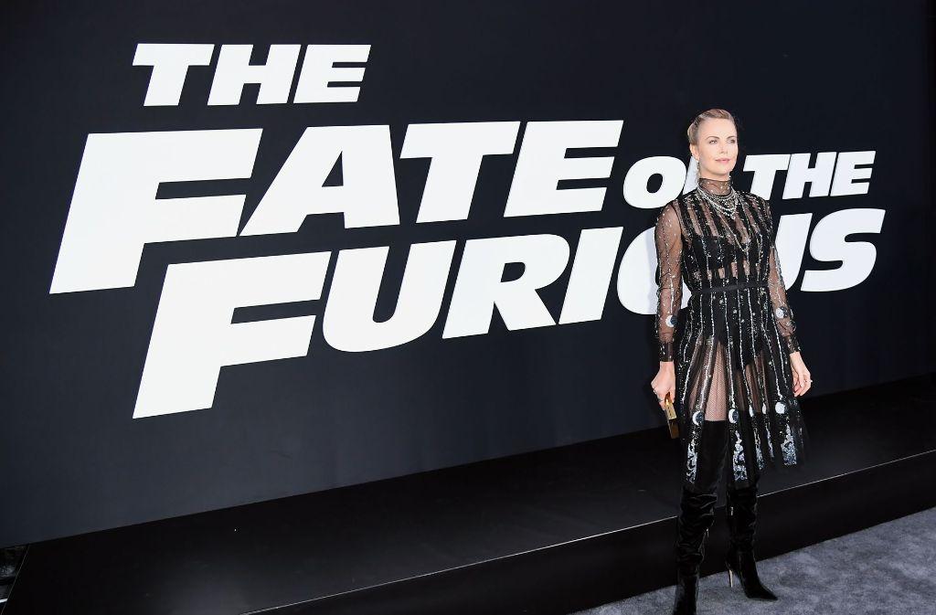 Charlize Theron In Fast Furious 8 Schöne Frau Gibt Gas