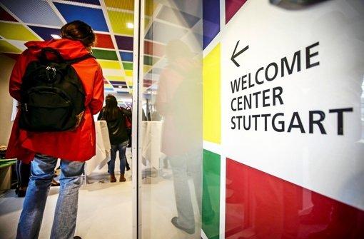 Welcome Center Stuttgart berät über 4000 Neuankömmlinge