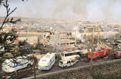 Mindestens elf Tote bei Autobombe
