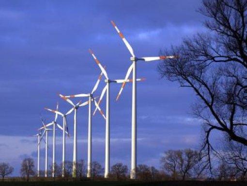 Pfister verspricht mehr Windenergie