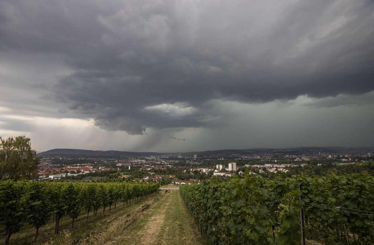 Wetter in Stuttgart Schwere Gewitter drohen – Im Kessel wird es ...