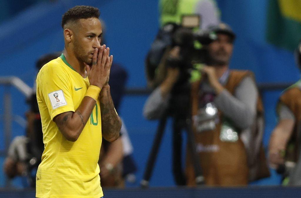 Wm 2018 So Lacht Das Netz über Das Brasilien Aus Fußball