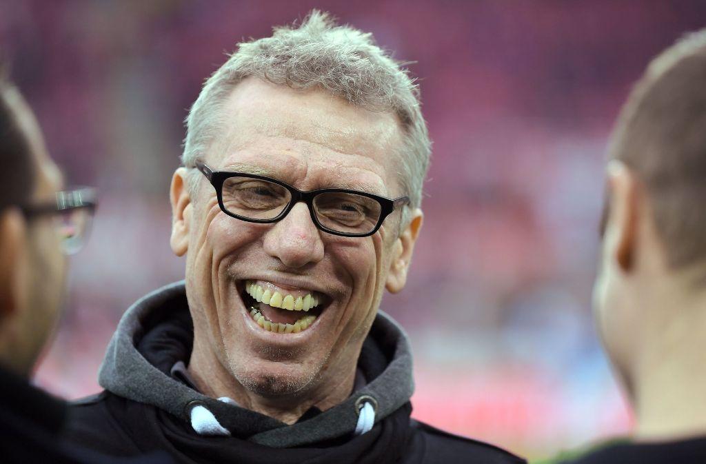 1 Fc Köln Zu Weihnachten Trainer Stöger Lacht über Eigene Spieler