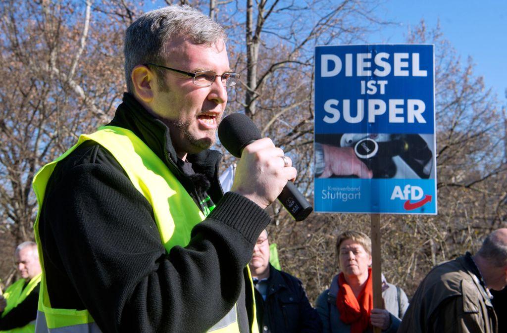 Gewerkschaftschef Oliver Hilburger 2019 bei einer Demo gegen das Diesel-Fahrverbot in Stuttgart (Archivbild) Foto: Oliver Willikonsky/Lichtgut