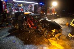 Bei einem Unfall mit drei Autos auf der Autobahn 81 bei Ludwigsburg sind am Sonntagabend zwei Menschen schwer und drei leicht verletzt worden.  Foto: www.7aktuell.de/Dan Becker