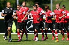 Der VfB Stuttgart bereitet sich auf sein Heimspiel gegen den SC Freiburg vor. Wir haben die Bilder vom Dienstagsnachmittags-Training. Foto: Pressefoto Baumann