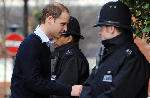 Prinz William besucht seine schwanger Frau Kate im Krankenhaus. Die Herzogin verbringt ...br Foto: dpa