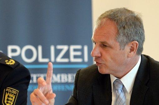 Die Polizeireform des Innenministers Reinhold Gall stößt bei der Gewerkschaft der Polizei auf Kritik. Foto: dpa