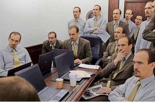 Trügerische Bilder:  Franz Reimer stellt  ein Foto nach, das  2011 im  Weißen Haus  gemacht wurde während der Ergreifung  Osama Bin Ladens Foto: Filmwinter