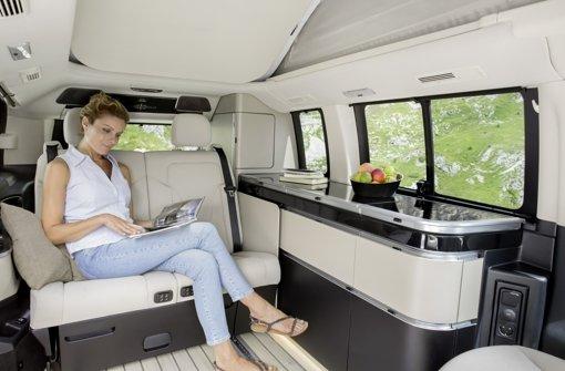 mercedes stellt wohnmobil vor marco polo luxus auf der landstra e wirtschaft stuttgarter. Black Bedroom Furniture Sets. Home Design Ideas