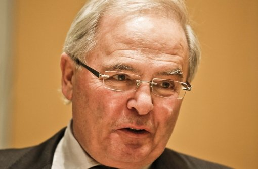 ... und beim Bad Berg streichen: FW-Fraktionschef <b>Jürgen Zeeb</b> Foto - media.media.21d8f110-576e-4e58-8cc8-086f4918c75a.normalized