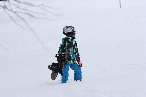 Auch wenn derzeit der Schnee noch fehlt: Das Skizentrum Pfulb in Lenningen (Kreis Esslingen) liegt quasi vor der Haustür. Foto: www.7aktuell.de | Christian Schlienz