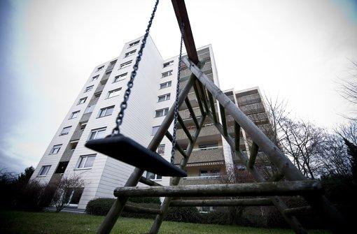Fundort der Mädchenleiche: Ein Hochhaus mit 45 Wohnungen im Steinheimer Horrenwinkelwurde Schauplatz eines Verbrechens Foto: Max Kovalenko