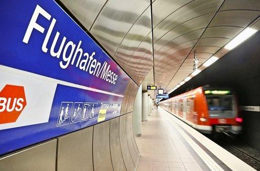 Der heutige S-Bahnhof unter den Terminals bleibt von Fern- und Regionalzügen frei. Foto: dpa
