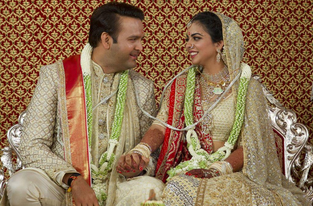 Trauung Von Milliardarssprosslinge Hochzeit Des Jahres In Indien