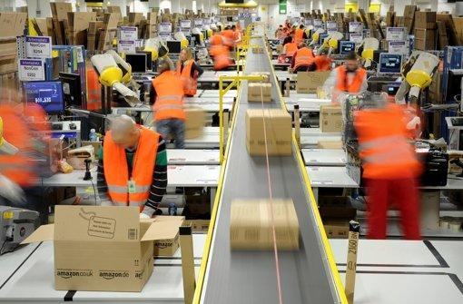 Der Internet-Versandhändler Amazon hat sich nach der Berichterstattung über den Umgang mit Leiharbeitern von einer Sicherheitsfirma getrennt. Foto: dpa