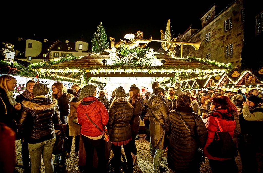 Wann Beginnt Der Weihnachtsmarkt In Stuttgart.Markt Beginnt Am 23 November Stuttgarter Weihnachtsmarkt Länger