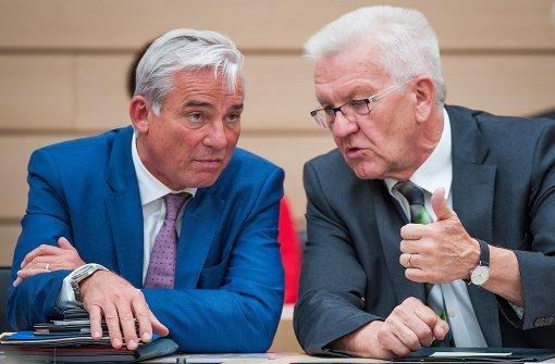 Kabinett schnürt millionenschweres Anti-Terror-Paket