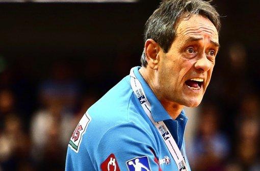 Mit Leib und Seele Handball-Trainer: Die Fähigkeiten von Rolf Brack sind auch in der Schweiz bekannt – die Eidgenossen wollen ihn als Nationaltrainer. Foto: Pressefoto Baumann