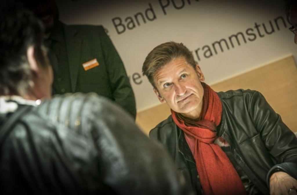 Pur Mit Hartmut Engler Schrieben Am Dienstag Fleissig Autogramme In