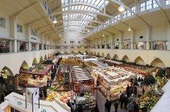 Die Stuttgarter Markthalle ist weit über die Grenzen der Stadt hinaus bekannt - eine solche Vielfalt sucht ihresgleichen. Foto: Leserfotograf mere