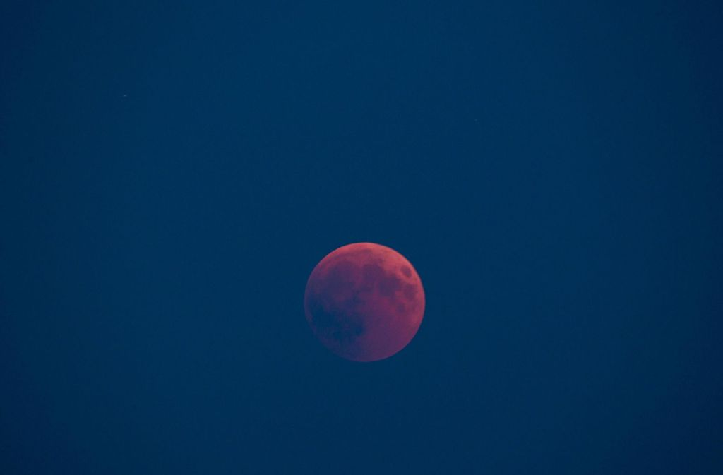 Mondfinsternis Seltener Blutmond Am Himmel Zu Sehen Panorama