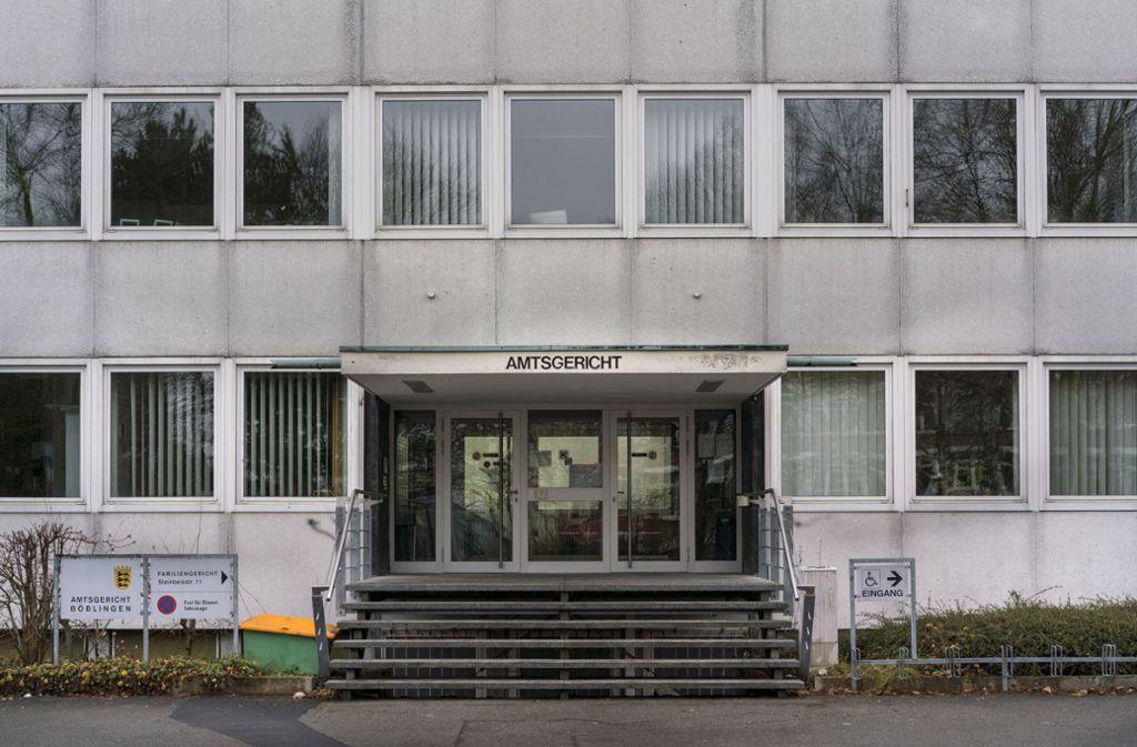 Amtsgericht Böblingen: Vater verletzte sein Baby schwer ...