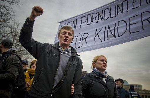 Die Gegner des Bildungsplans lehnen Aufklärungsunterricht zum Thema  sexuelle Minderheiten ab Foto: Max Kovalenko