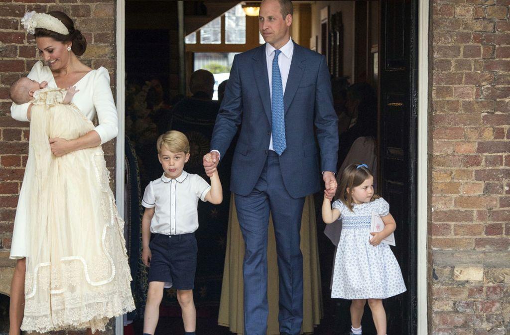 Herzogin Meghan Erwartet Ein Baby Herziger Nachwuchs Im Hochadel