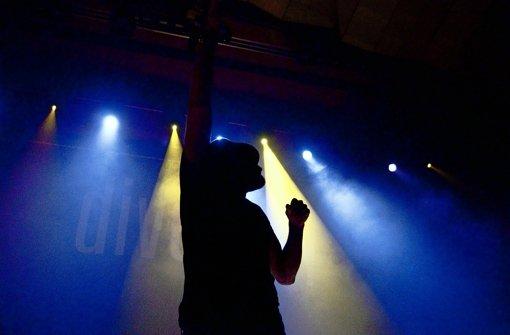 Schatten einer Nacht bei einem Konzert in der Liederhalle. Foto: