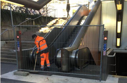 Rolltreppen sollen vor Weihnachten fertig sein