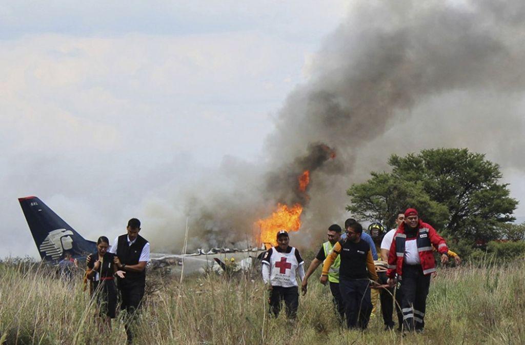 Flugzeugabsturz In Mexiko Alle Passagiere überleben Unglück